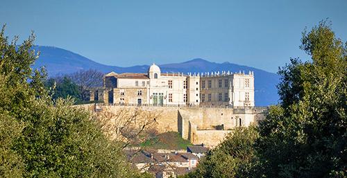 Autour du domaine de l'héritage, château de Grignan